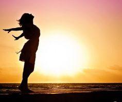O que vejo na simplicidade dela – Poesia de amor