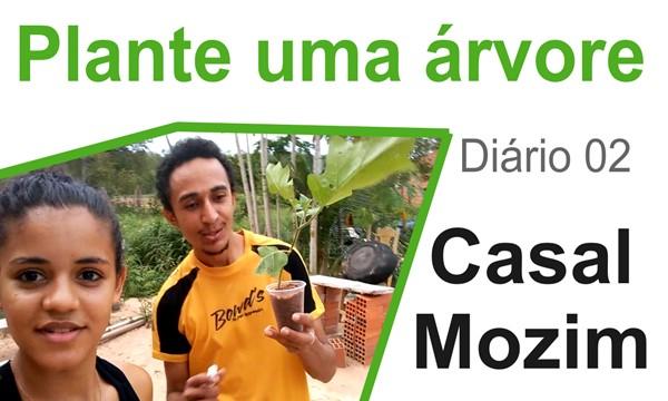 Casal Mozim Plantando Jurubeba
